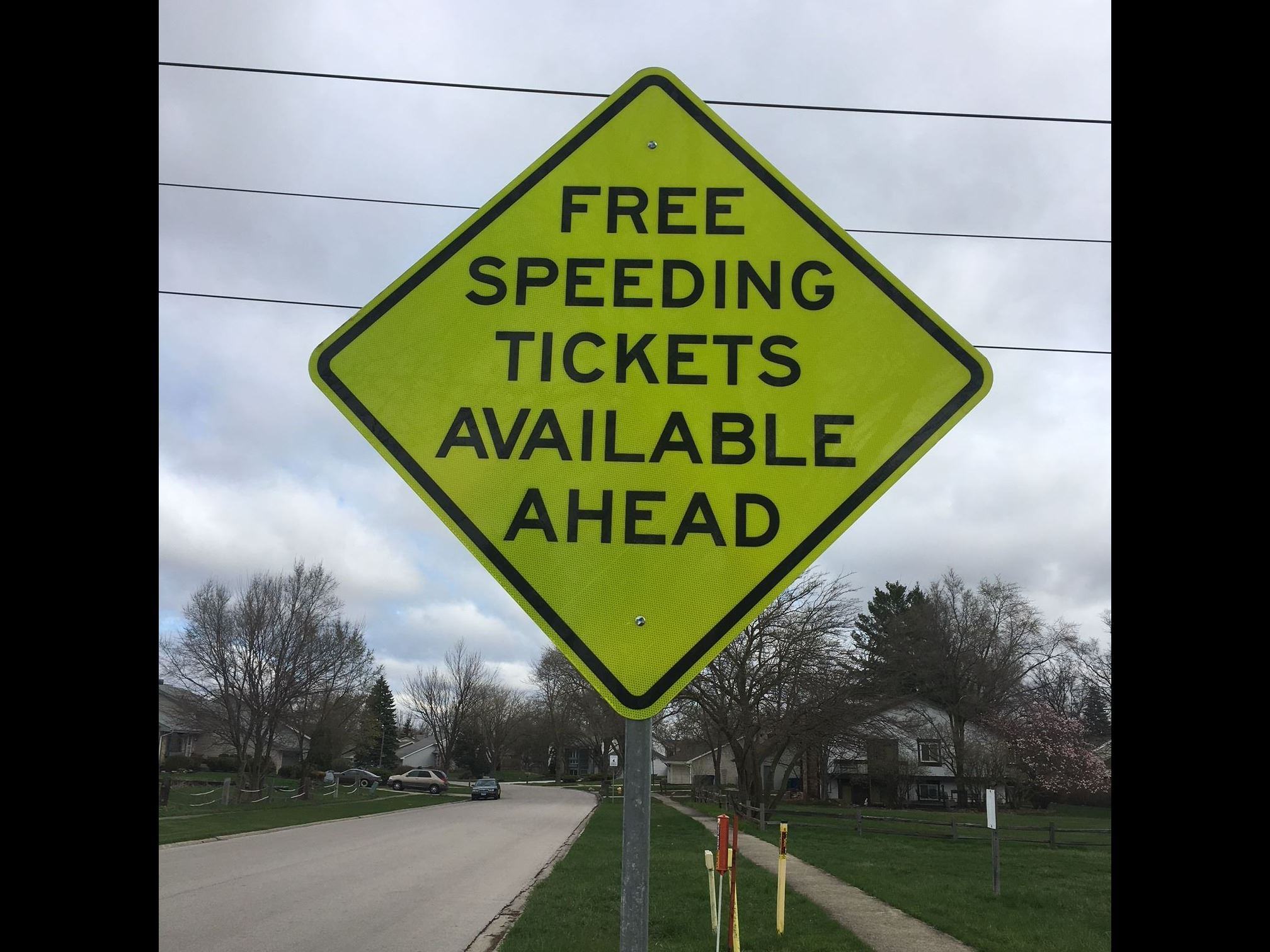 Free_Speeding_Ticket_Sign_IMG_0407