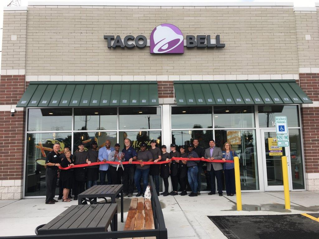 19-0612 Taco Bell ribbon cutting